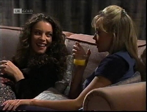 Gaby Willis, Annalise Hartman in Neighbours Episode 2184