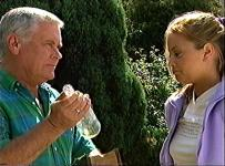 Lou Carpenter, Felicity Scully in Neighbours Episode 3456