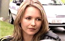 Steph Scully in Neighbours Episode 3702