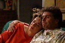 Lyn Scully, Joe Scully in Neighbours Episode 4295