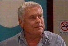 Lou Carpenter in Neighbours Episode 4300