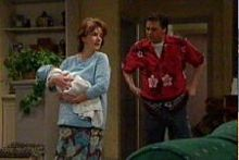 Oscar Scully, Lyn Scully, Joe Scully in Neighbours Episode 4311