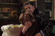 Lyn Scully, Joe Scully in Neighbours Episode 4311