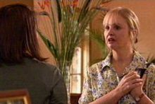 Libby Kennedy, Candace Barkham in Neighbours Episode 4321