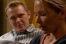 Max Hoyland, Steph Scully in Neighbours Episode 4321