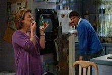 Lyn Scully, Joe Scully in Neighbours Episode 4323