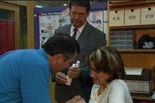 Karl Kennedy, Alec Skinner, Lyn Scully in Neighbours Episode 4327