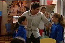 Lisa Jeffries, Jack Scully, Summer Hoyland in Neighbours Episode 4327