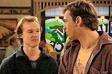 Jonathan Verne, Stuart Parker in Neighbours Episode 4347