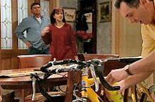 Joe Scully, Susan Kennedy, Karl Kennedy in Neighbours Episode 4349
