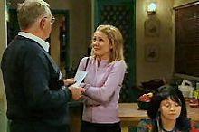 Harold Bishop, Izzy Hoyland, Sky Mangel in Neighbours Episode 4352