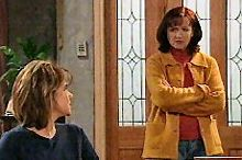Lyn Scully, Susan Kennedy in Neighbours Episode 4355