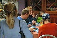 Izzy Hoyland, Max Hoyland, Boyd Hoyland, Summer Hoyland, Steph Scully in Neighbours Episode 4355