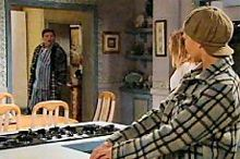 Joe Scully, Izzy Hoyland, Steph Scully in Neighbours Episode 4358