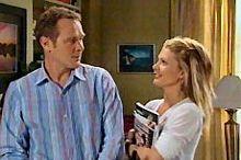 Max Hoyland, Izzy Hoyland in Neighbours Episode 4358