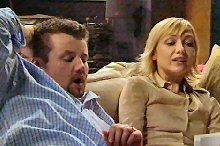 Toadie Rebecchi, Sindi Watts in Neighbours Episode 4362