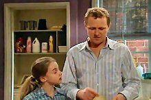 Summer Hoyland, Max Hoyland in Neighbours Episode 4364