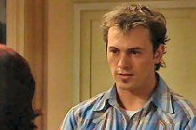 Stuart Parker in Neighbours Episode 4364