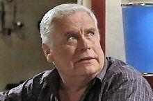 Lou Carpenter in Neighbours Episode 4365