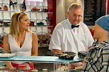 Izzy Hoyland, Harold Bishop, Steph Scully in Neighbours Episode 4375