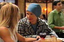 Izzy Hoyland, Steph Scully in Neighbours Episode 4375