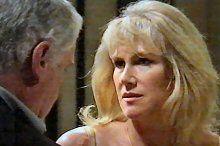 Lou Carpenter, Trixie Tucker in Neighbours Episode 4375