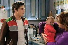 Jack Scully, Oscar Scully, Lyn Scully in Neighbours Episode 4376