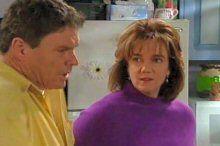 Joe Scully, Lyn Scully in Neighbours Episode 4376