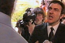 Stuart Parker, Mike Winter in Neighbours Episode 4377