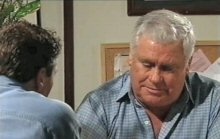 Joe Scully, Lou Carpenter in Neighbours Episode 4380