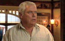 Lou Carpenter in Neighbours Episode 4385