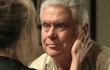 Trixie Tucker, Lou Carpenter in Neighbours Episode 4386