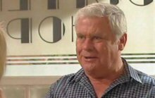 Lou Carpenter in Neighbours Episode 4386