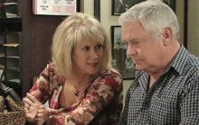 Trixie Tucker, Lou Carpenter in Neighbours Episode 4387