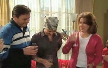 Joe Scully, Steph Scully, Lyn Scully in Neighbours Episode 4389