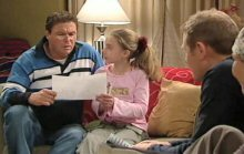 Joe Scully, Summer Hoyland, Max Hoyland in Neighbours Episode 4389