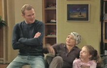 Max Hoyland, Steph Scully, Summer Hoyland in Neighbours Episode 4390