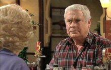 Valda Sheergold, Lou Carpenter in Neighbours Episode 4390