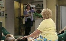 Lyn Scully, Valda Sheergold in Neighbours Episode 4391
