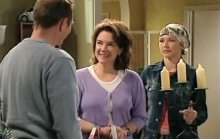 Max Hoyland, Lyn Scully, Steph Scully in Neighbours Episode 4391