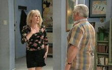 Trixie Tucker, Lou Carpenter in Neighbours Episode 4395