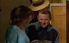 Max Hoyland, Lyn Scully in Neighbours Episode 4398