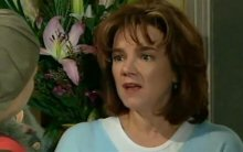 Lyn Scully in Neighbours Episode 4399
