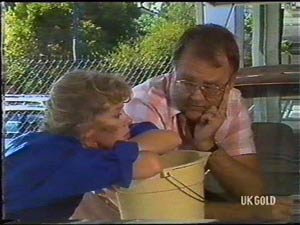 Charlene Mitchell, Harold Bishop in Neighbours Episode 0476