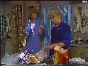 Madge Bishop, Charlene Mitchell in Neighbours Episode 0476