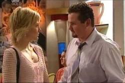 Sindi Watts, Toadie Rebecchi in Neighbours Episode 4425