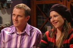 Max Hoyland, Steph Scully in Neighbours Episode 4425