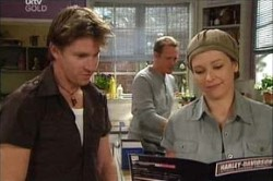 Gus Cleary, Max Hoyland, Steph Scully in Neighbours Episode 4426