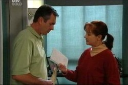 Karl Kennedy, Susan Kennedy in Neighbours Episode 4427