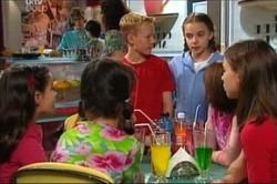 Lisa Jeffries, Declan Sands, Summer Hoyland in Neighbours Episode 4427